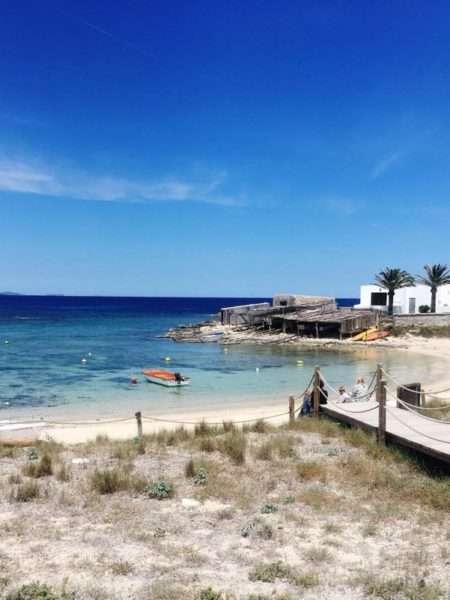 Cosa fare a Formentera - Porticciolo Barca Spiaggia Mare Formentera