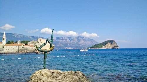 Viaggio in Montenegro Statua Mare